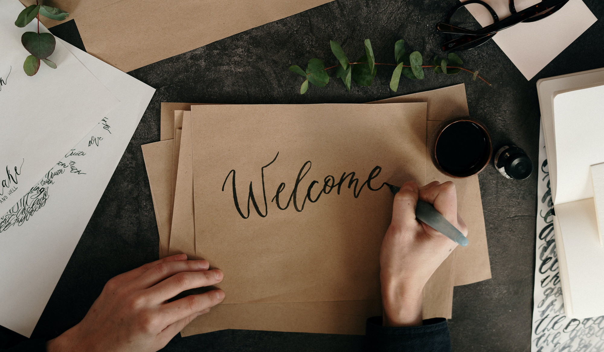 7 Examples of Compelling Community Welcome Emails